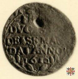 Soldo (tessera) con la scritta e il ramo d'alloro 1612 (Mantova)